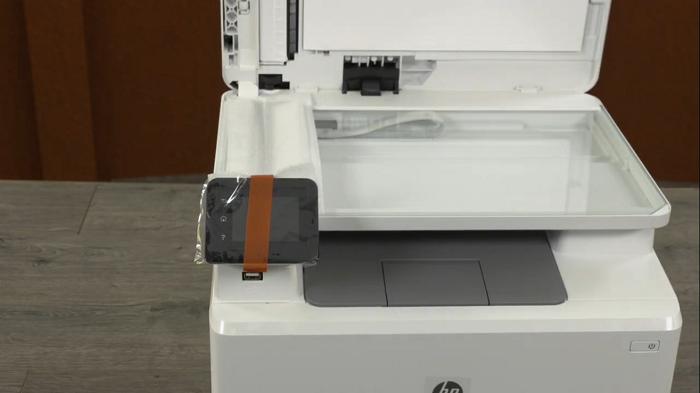 مشخصات چاپگر لیزری رنگی اچ پی HP 181
